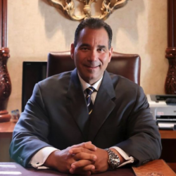 Dr.-Ruggiero-is-the-official-chiropractor-for-the-Miami-Dolphins-NFL-Florida-Panthers-NH